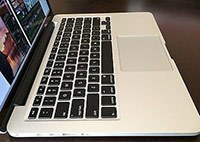 Apple MacBook Pro MGX82LL/A trackpad