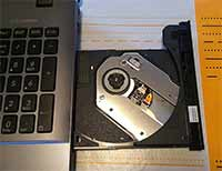 ASUS F555LA-AH51 and its DVD drive, pretty useful
